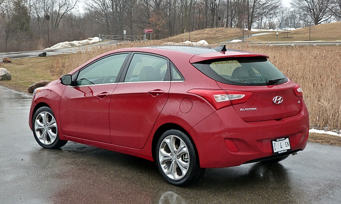 Elantra GT Reviews: Hyundai Elantra GT rear quarter view