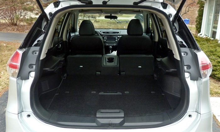 Rogue Reviews: Nissan Rogue cargo area seats folded floor raised