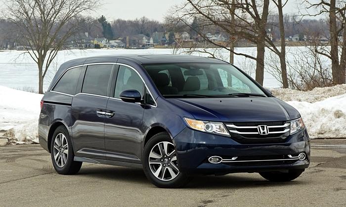 Honda Odyssey front quarter view