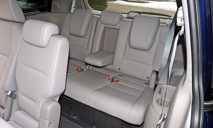 honda odyssey photos honda odyssey third row seat. Black Bedroom Furniture Sets. Home Design Ideas