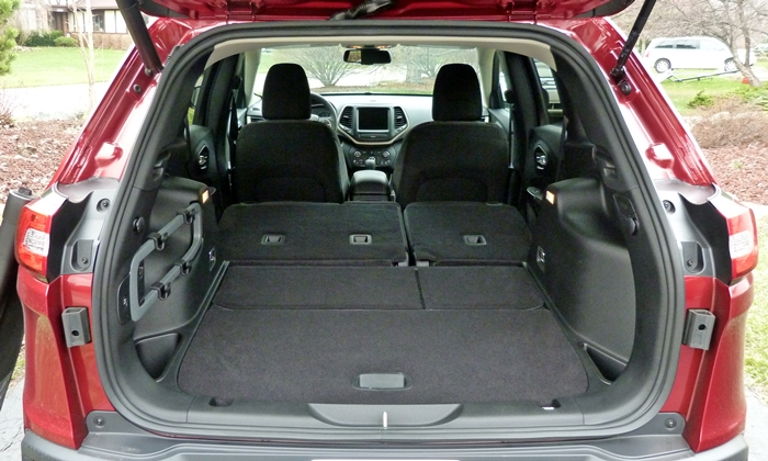 Jeep Cherokee Photos Jeep Cherokee Cargo Area Second Row