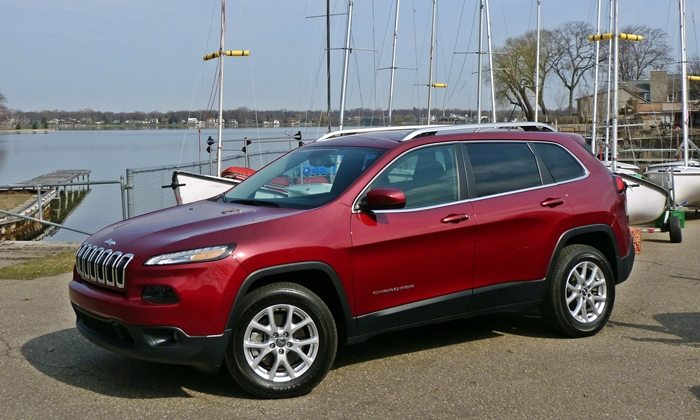 Jeep Cherokee front quarter view