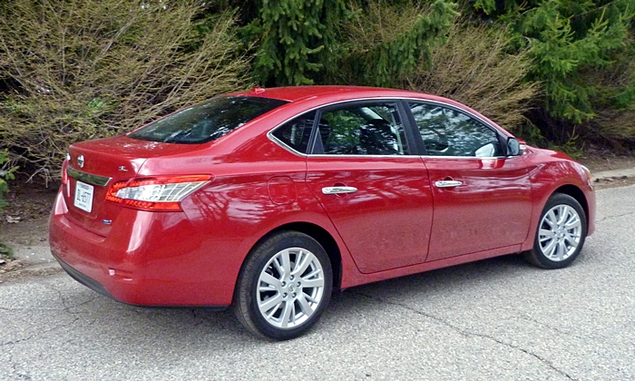 Sentra Reviews: 2014 Nissan Sentra rear quarter view