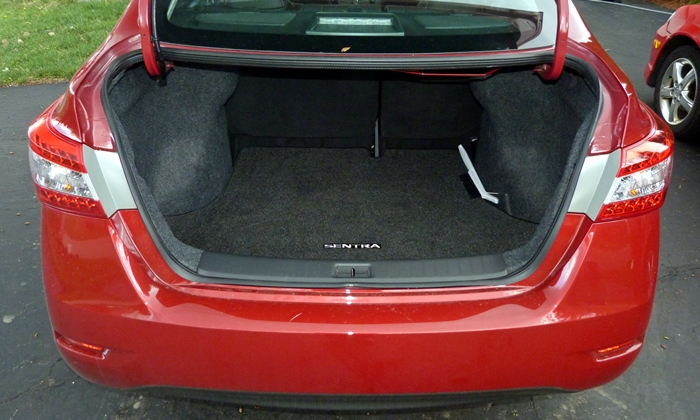 Sentra Reviews: 2014 Nissan Sentra trunk