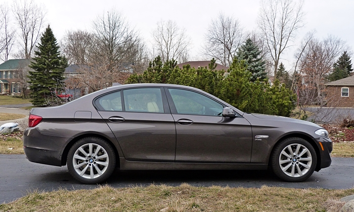 BMW 6-Series Gran Coupe Photos: BMW 528i side view