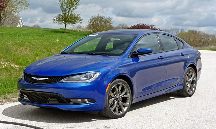 Buick Regal Photos: Chrysler 200S front quarter view
