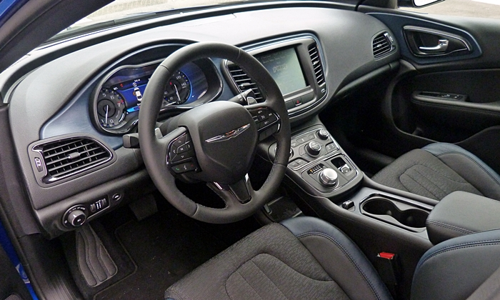 Buick Regal Photos: Chrysler 200S interior