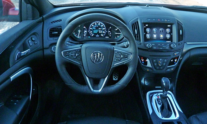 Buick Regal Photos: Buick Regal GS instrument panel