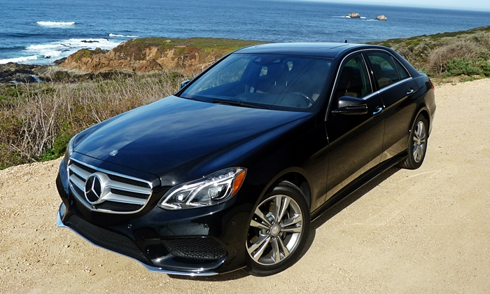 Mercedes-Benz E-Class Photos: Mercedes-Benz E250 BlueTEC high front angle