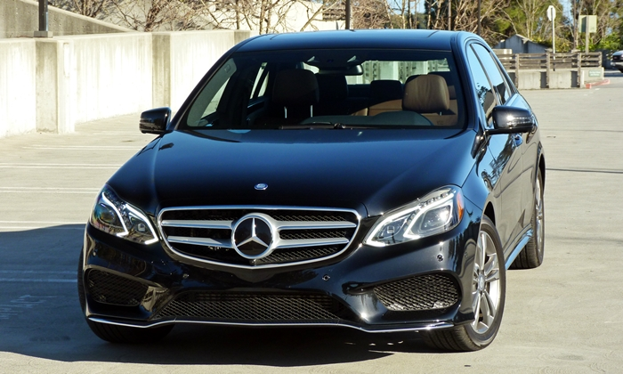 Mercedes-Benz E-Class Photos: Mercedes-Benz E250 BlueTEC front view