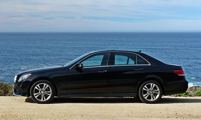 Mercedes-Benz E-Class Photos: Mercedes-Benz E250 BlueTEC side view