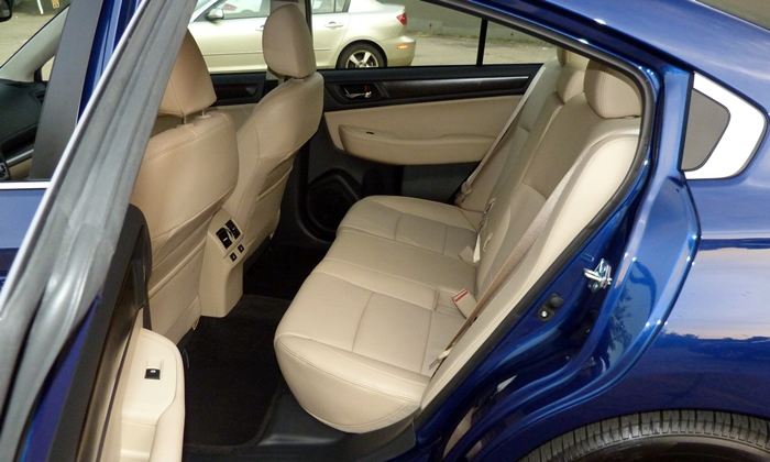 Legacy Reviews: Subaru Legacy Limited rear seat