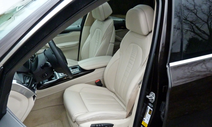 BMW X5 Photos: 2014 BMW X5 driver seat