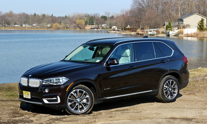 2014 BMW X5 front quarter view