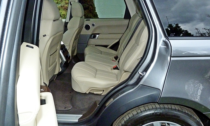 Range Rover Sport Reviews: Range Rover Sport rear seat