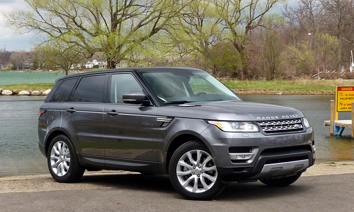 Range Rover Sport Reviews: 2014 Range Rover Sport front quarter view