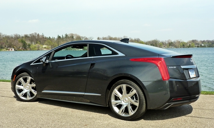 ELR Reviews: Cadillac ELR rear quarter view