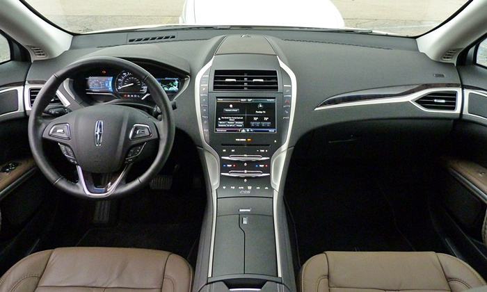 Lincoln MKZ Photos: Lincoln MKZ Hybrid instrument panel full