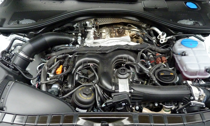 A7 / S7 Reviews: Audi A7 TDI engine uncovered