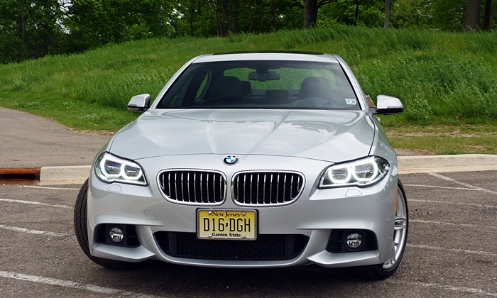 5-Series Reviews: BMW 535d front view