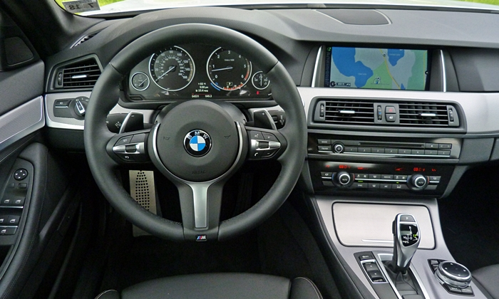 5-Series Reviews: BMW 535d instrument panel
