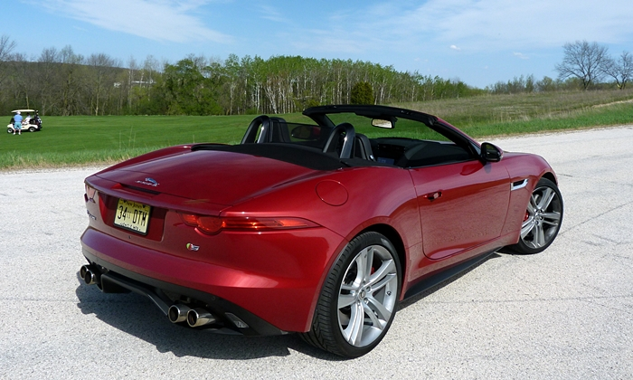 Jaguar F-Type Photos: Jaguar F-Type V8 S rear quarter high