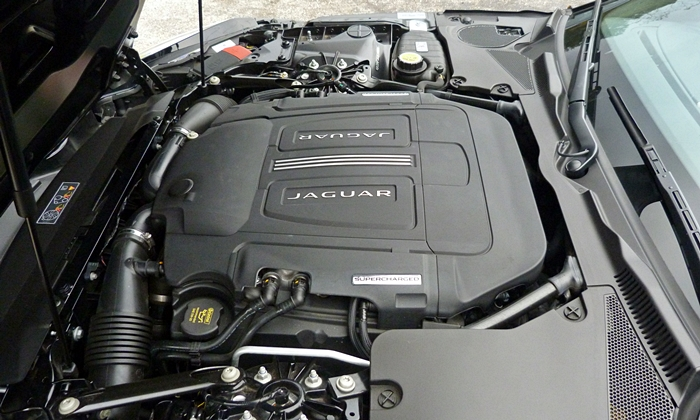 Jaguar F-Type Photos: Jaguar F-Type S V6 engine