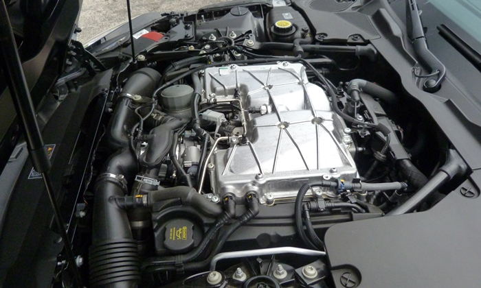 Jaguar F-Type Photos: Jaguar F-Type S V6 engine uncovered