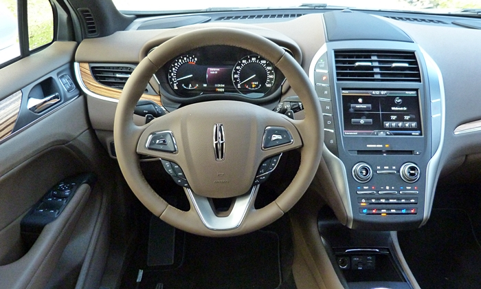 MKC Reviews: Lincoln MKC instrument panel