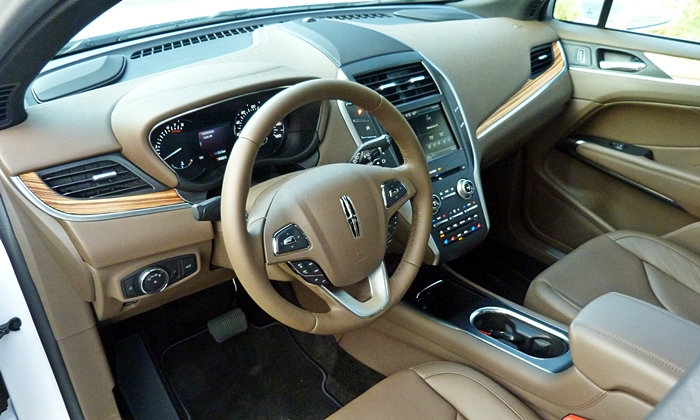 MKC Reviews: Lincoln MKC interior