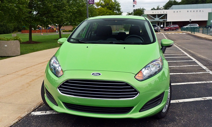 Fiesta Reviews: Ford Fiesta SE EcoBoost front view
