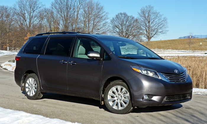 Sienna Reviews: Toyota Sienna front quarter view