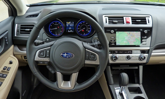 Subaru Outback Photos: Subaru Legacy and Outback instrument panel