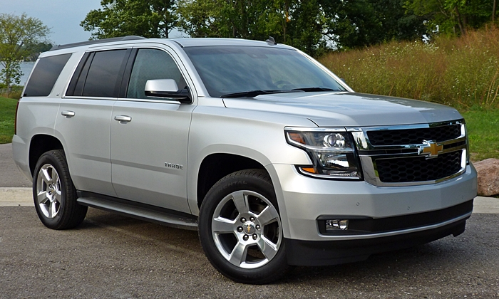 Chevrolet Tahoe front quarter view