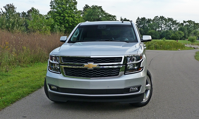Tahoe / Suburban Reviews: Chevrolet Tahoe front view