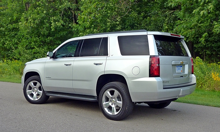 Tahoe / Suburban Reviews: Chevrolet Tahoe rear quarter view