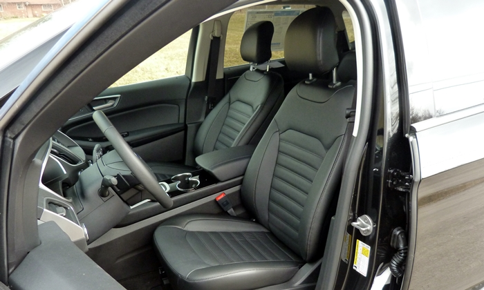 Nissan Murano Photos: Ford Edge driver seat
