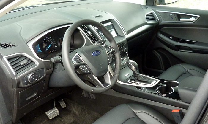 Nissan Murano Photos: Ford Edge interior