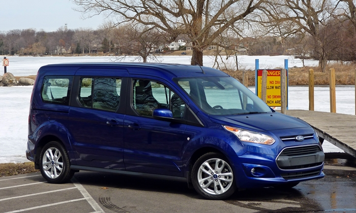 Ford Transit Connect front quarter view