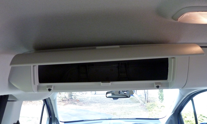Ford Transit Connect Photos: Ford Transit Connect overhead storage compartment