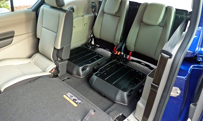 Ford Transit Connect Photos: Ford Transit Connect partially folded seats