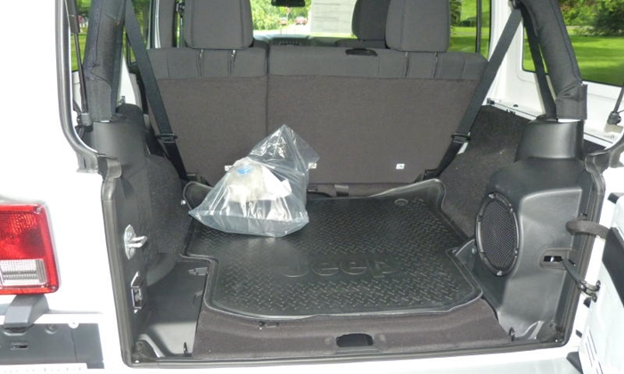 Jeep Wrangler Photos: Jeep Wrangler Unlimited cargo area