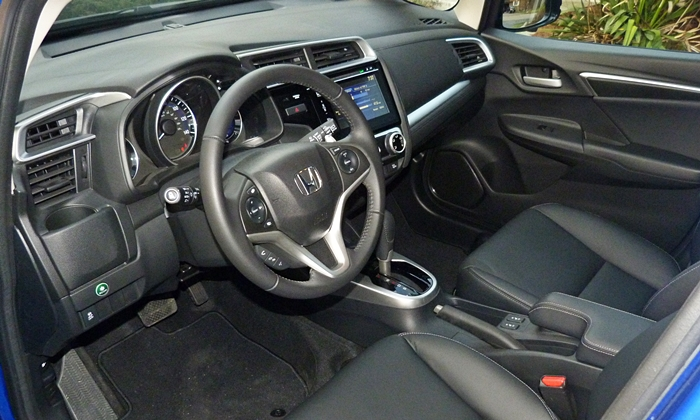Fit Reviews: 2015 Honda Fit interior