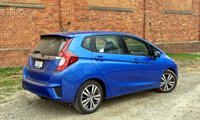 Fit Reviews: 2015 Honda Fit rear quarter view