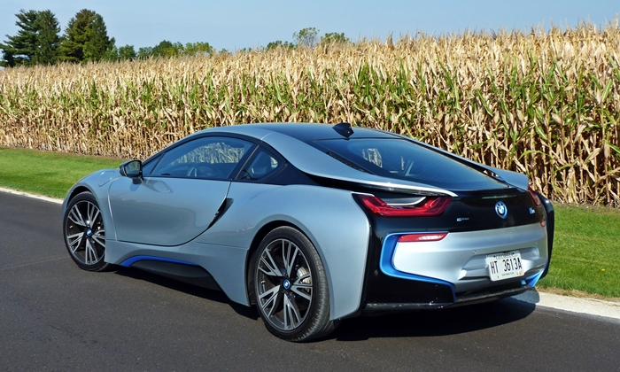 BMW I8 Photos: BMW I8 Rear Quarter View