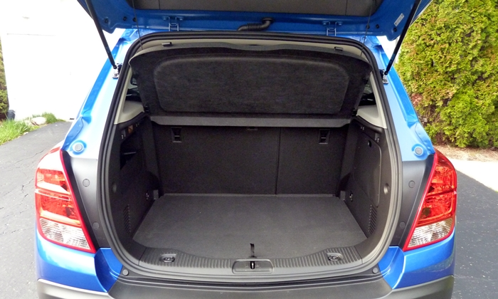 Chevrolet Trax Photos: Chevrolet Trax cargo area