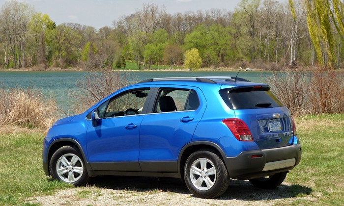 Chevrolet Trax Photos: Chevrolet Trax rear quarter view