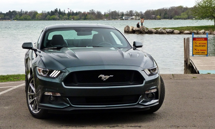 Mustang Reviews: 2015 Ford Mustang GT front view