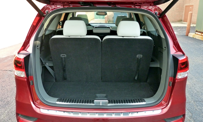 Sorento Reviews: 2016 Kia Sorento SX cargo area