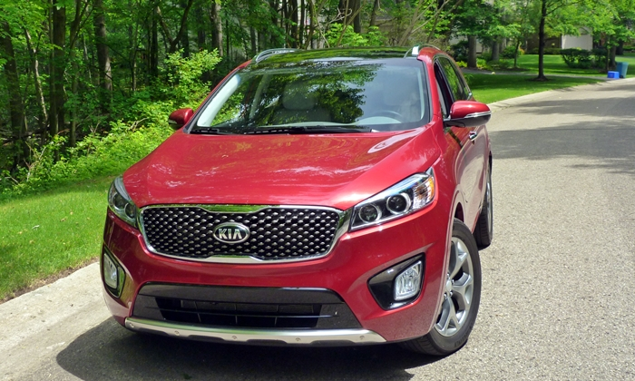 Sorento Reviews: 2016 Kia Sorento SX front view
